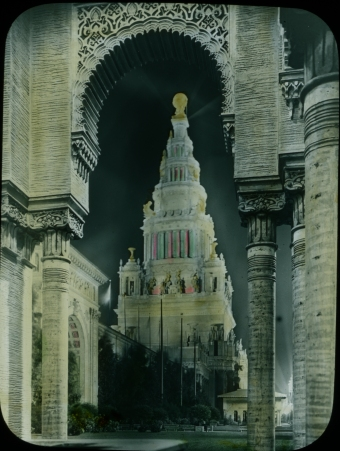 Photograph of the Tower of Jewels at the Panama-Pacific International Exposition, 1915. Local ID: 16-SFX-60.