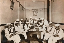 American Red Cross Rest Room for Colored Soldiers and Sailors. Colored sailors in the rest room of the Red Cross headquarters, Branch No. 6, of the New Orleans Chapter. This room has been fitted for the use of the colored sailors and soldiers by Louise J. Ross. (165-WW-127-16)