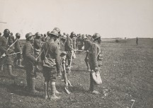 American troops of the 93rd Division receive machine gun training in France, 1918. Local Identifier, 165-WW-127-108.